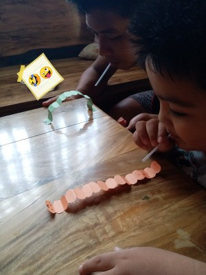 Making a Paper Worm Race Game - racing