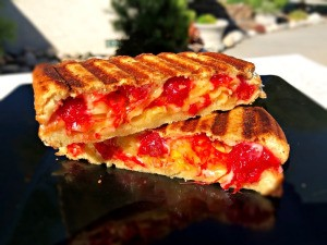 finished & cut spicy Grilled Cheese