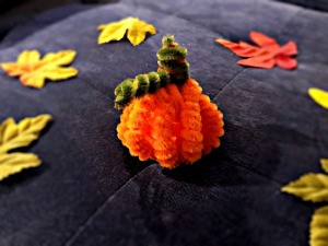 Pipe Cleaner Pumpkin Craft - individual pipe cleaner pumpkin