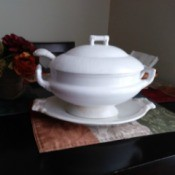 Age of a Homer Laughlin Soup Tureen - white tureen on platter