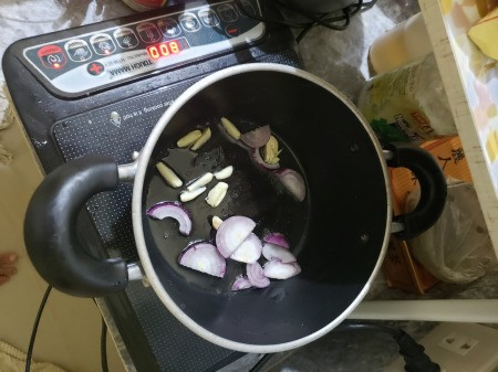 garlic & onions
