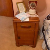 Value of 1930s Thomasville Bedroom Furniture - nightstand