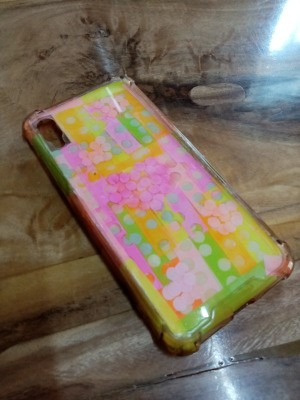 Fixing Jelly Phone Case with Sticky Notes - allow to dry