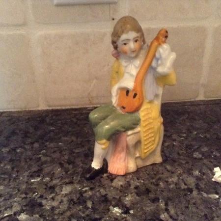 Repairing Old Figurines
