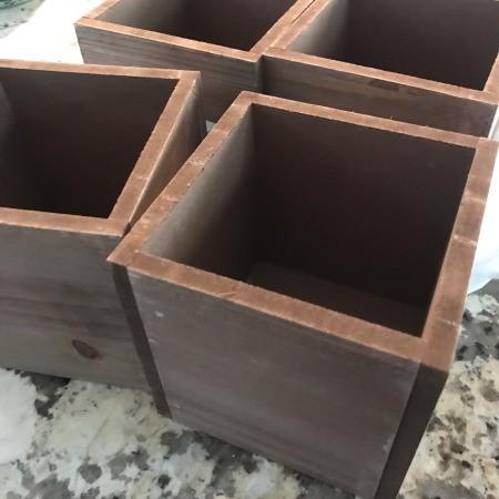 Inexpensive Wedding Centerpiece - wooden planters