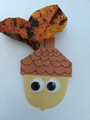 Paper Acorn Kids' Craft - attach eyes