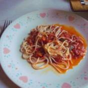 sauce on spaghetti
