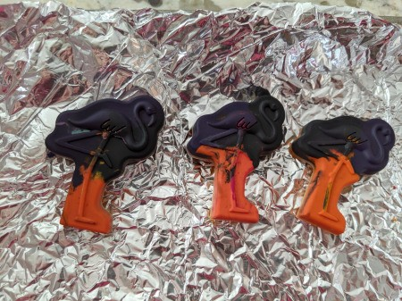Melted Crayon as Halloween Favors - remove crayon from the mold