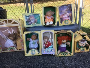 Selling Cabbage Patch Kids - dolls in boxes