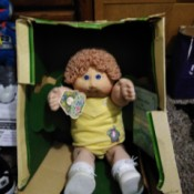 Value of a Coleco Cabbage Patch Kid - doll in damaged box
