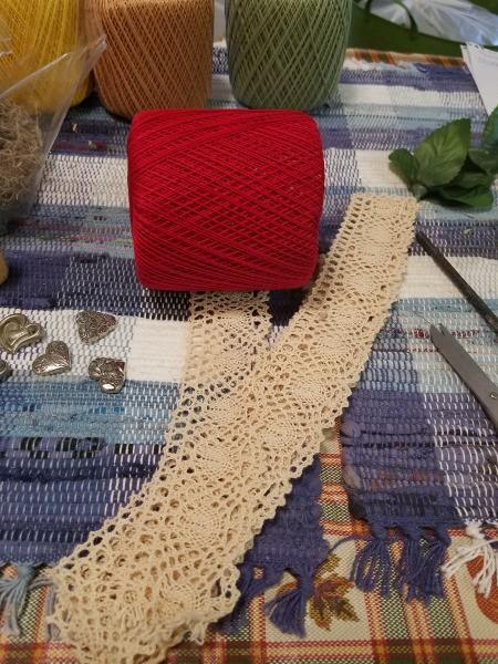Crochet Thread Spool Pumpkins - lace to wrap around the thread spool