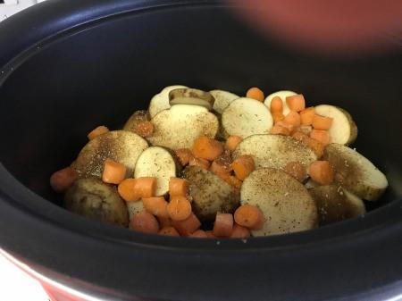 Herbed Chicken in pot