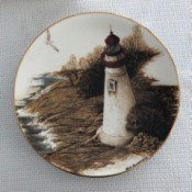 Value of aMarbleheadCollector's Plate - lighthouse image on a plate