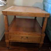 Identifying a Karges Furniture Company End Table - wood end table with a drawer below the lower shelf