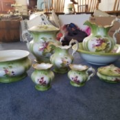 Value of a Homer Laughlin China Bathing Set - multi-piece china set