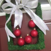Moss Trim Picture Frame Wreath