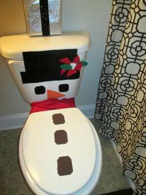 Winter Wonder Bathroom - finished snowman decorated toilet