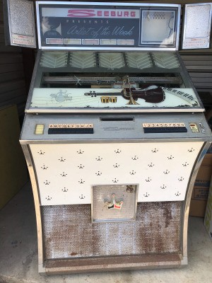 Value of a Vintage Seeburg Jukebox