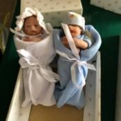 Value of Ashton Drake Dolls - two baby dolls