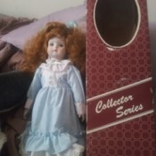 Identifying a Porcelain Doll - doll next to its box