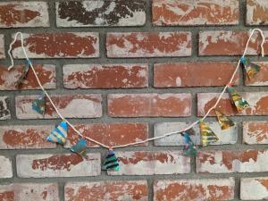 Christmas Tree Banner - garland before banner added
