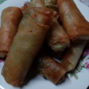 browned Leafy Cheese Rolls