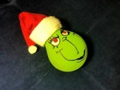 Light Bulb Grinch Ornament - add a circle of white fabric to the hat tip and then add a hanger