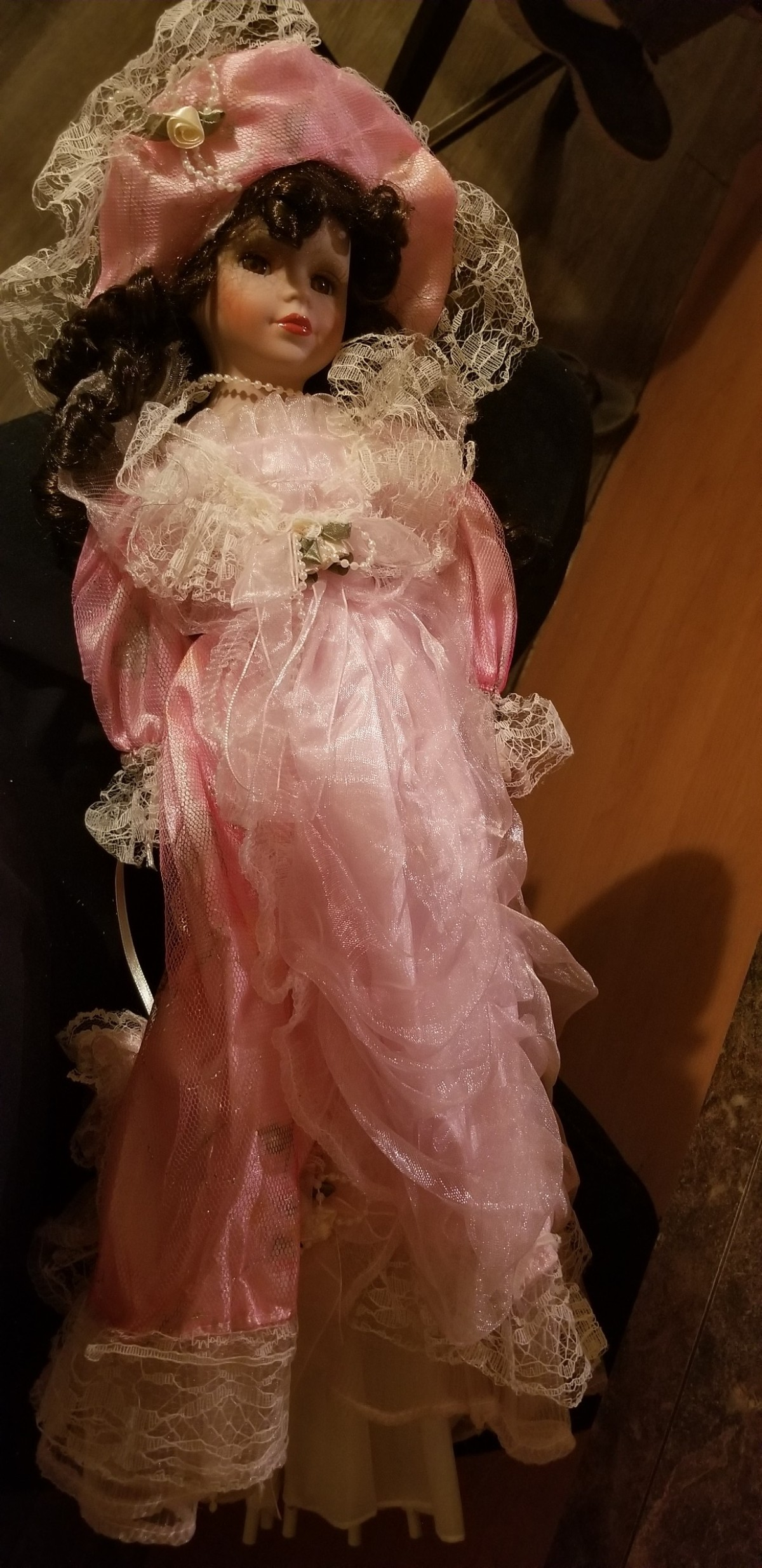 Value of a Knightsbridge Collection Porcelain Doll?  ThriftyFun
