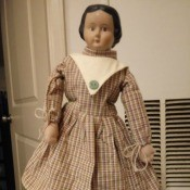 Identifying a Porcelain Doll - old style doll with painted on hair