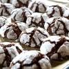 A plate of chocolate crinkle cookies.