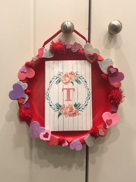 Valentine's Day Hanging Picture Frame - finished hanging frame