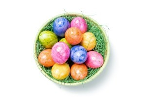 A basket of marbleized Easter eggs.