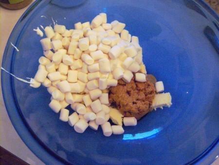 marshmallows & Peanut Butter in bowl