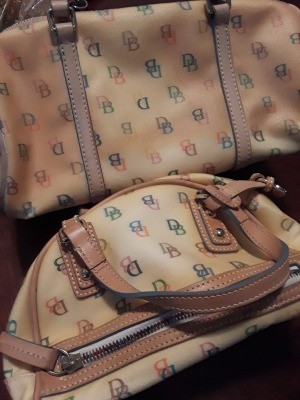 Removing Stains on a Dooney and Bourke Purse