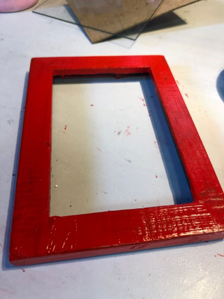 Valentine's Day Picture Frame - paint the frame red and allow to dry