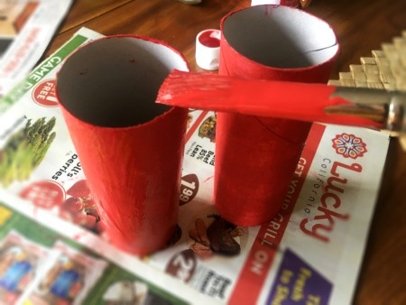 Heart-Shaped Toy Binoculars - paint the tubes red, allow to dry