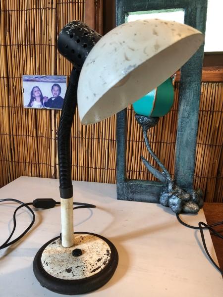 Refurbishing An Old Lamp - sand off rust or peeling paint