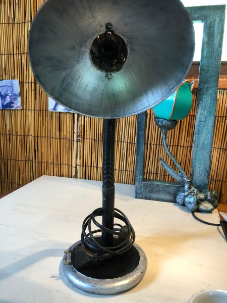 Refurbishing An Old Lamp - begin applying final color, first coat