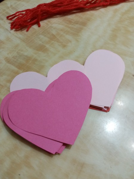 Heart Banner as Wall Decor - draw hearts on colored paper and cut out