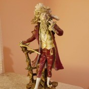 Identifying Figurines - detailed figurine of a man in perhaps 18th century dress