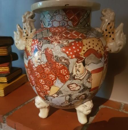 Identifying Asian Ceramic Vases