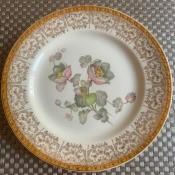 Value of Homer Laughlin Georgian Eggshell Dinnerware - floral center pattern with ornate rim pattern