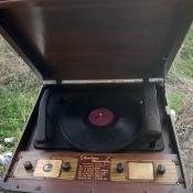 Value of a Vintage Silvertone Recorder - open vintage recorder to vinyl