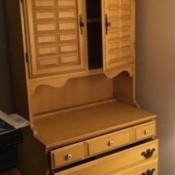 Identifying a Vintage Hutch - light wood hutch with 3 drawers and 2 door cabinet above