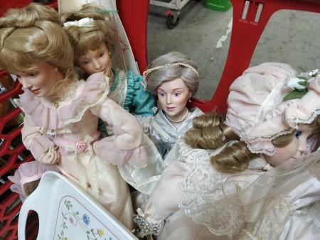 Value of Danbury Mint Porcelain Dolls