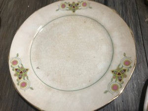 Identifying Saxon China Dinnerware - dinner plate