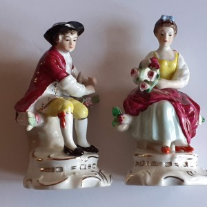 Information About Alfretto Figurines - man and woman figurines wearing possible 18th century clothing