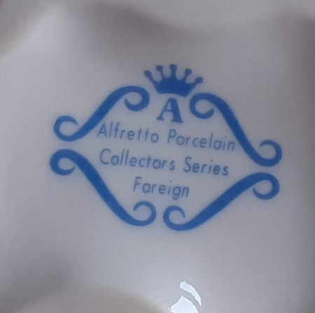 Information About Alfretto Figurines