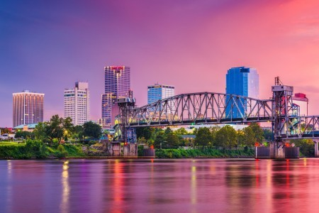A scenic view of Little Rock, AR