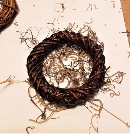 Mini Wreath Bunny - wreath and Spanish moss